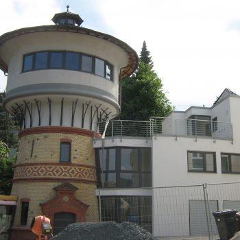 Straßenansicht Wasserturm Niedernhausen